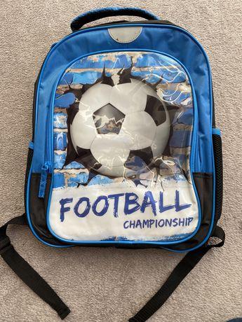 Nowy plecak z piłką