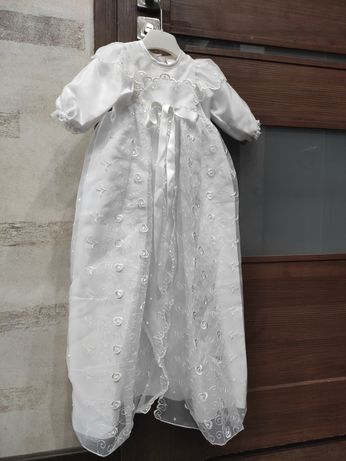 Śliczne ubranko do chrztu dla dziewczynki rozmiar 68