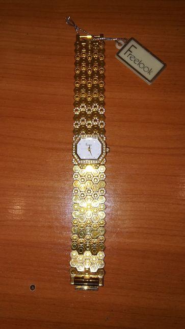 Продам Часы женские Freelook