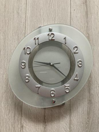 zegar ścienny szklany srebrny adler