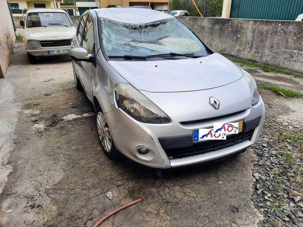 Salvado Renault Clio de 2011