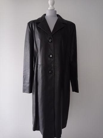 Gustowny długi czarny płaszcz Kircilar XXXL