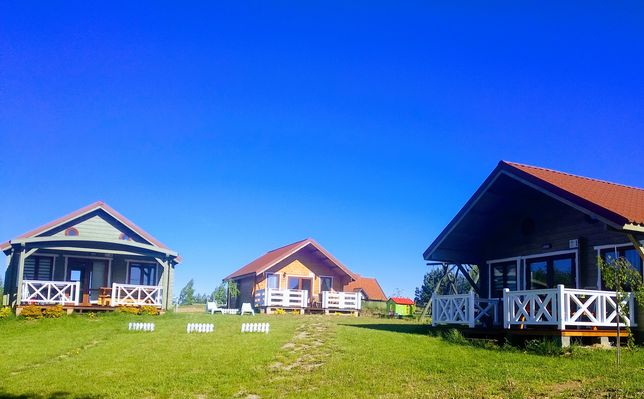 domki domek drewniany okolice Mikołajki jezioro Głębokie sprzęt wodny
