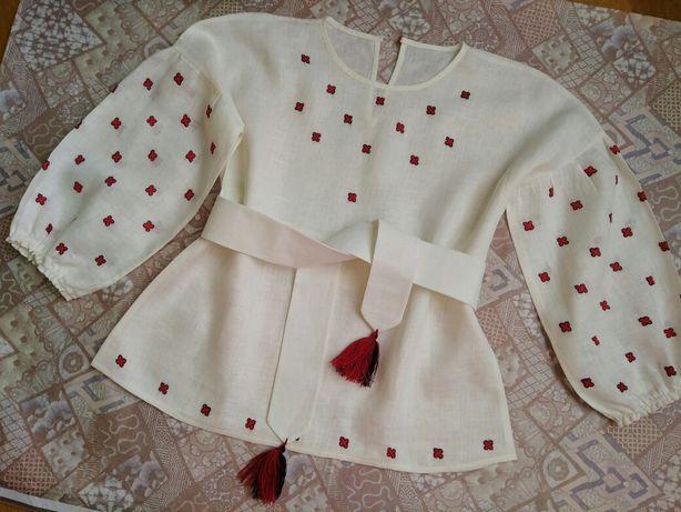 Продам вишиту блузу