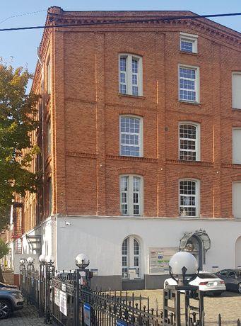 Biuro u Kohna 22 m2 - bezpośrednio, media w cenie czynszu