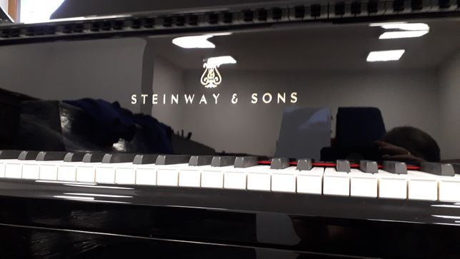 Fortepian Steinway Fortepianootwock transport gwarancja