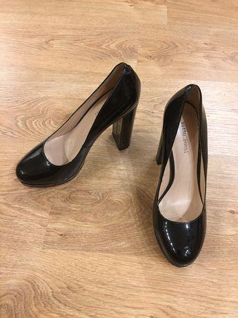 Новые лаковые туфли Витто Росси
