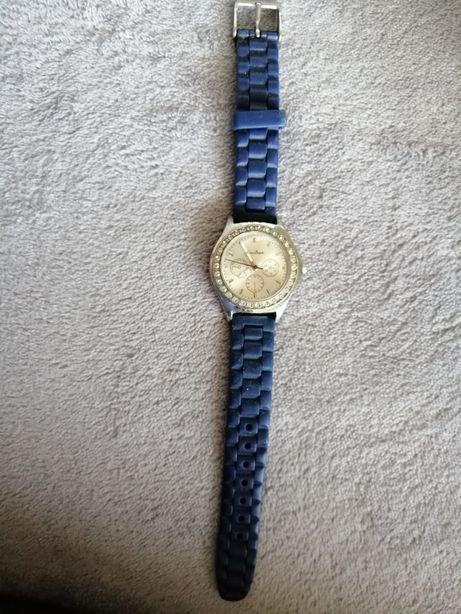 Zegarek z gumowym paskiem
