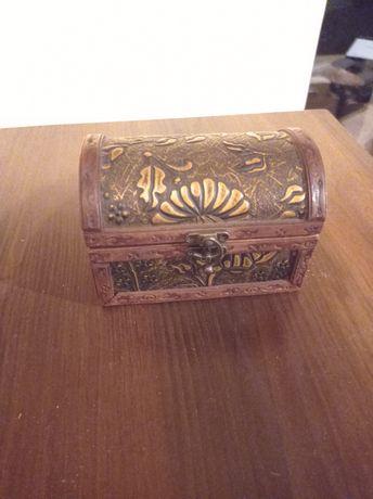Skrzyneczka skrzynka szkatułka na biżuterię skarby