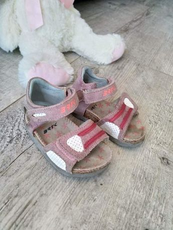 Sandałki Bartek 20
