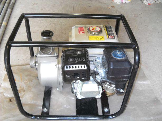 pompa do wody spalinowa model:ta 551 ,z wężami  (twardym i miękkim)