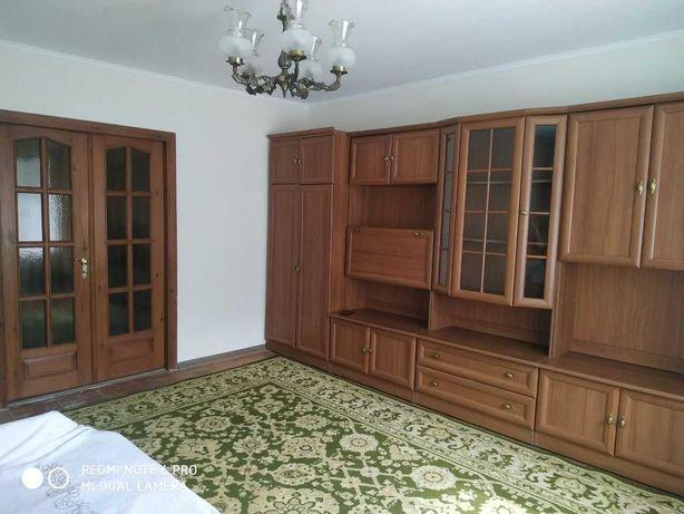 Продам однокімнатну квартиру з прибудовою по вулиці Привокзальна