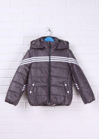 Куртка для мальчика 11-12 лет демисезонная.