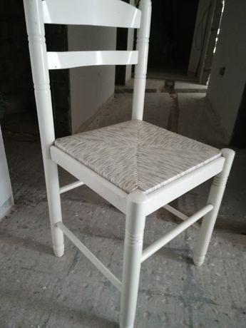 Mesa com 4 cadeiras lacado