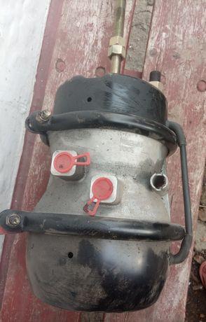 Енегоакумулятор для вантажної машини