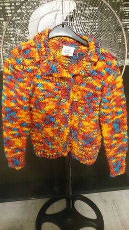 Piękny sweterek 110