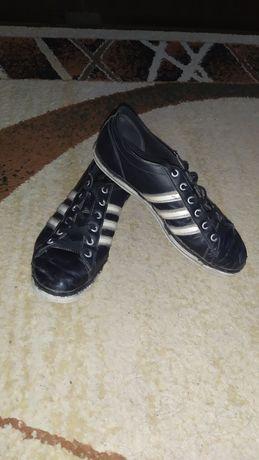 Кеды Adidas, Адидас