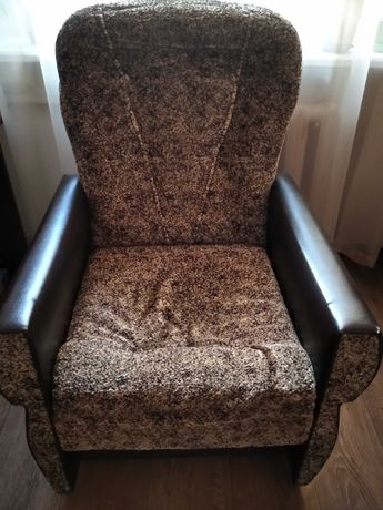 Крісла м'які,на дачу,на квартиру.