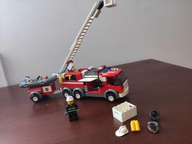 Zestaw LEGO 7239 straż pożarna