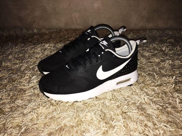 Кроссовки Nike Air Max Tavas чёрные размер 38 (24 см) Оригинал