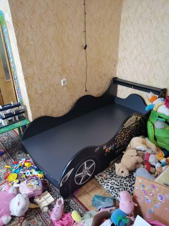 Кровать кроватка машина машинка для мальчика