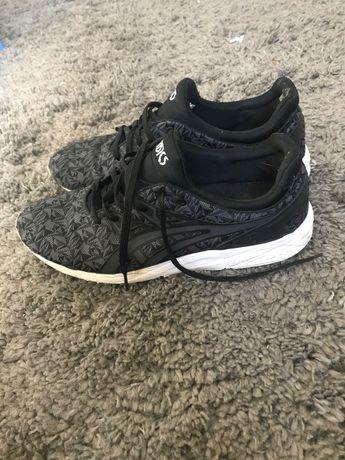 Обувь asics 45-47 размер