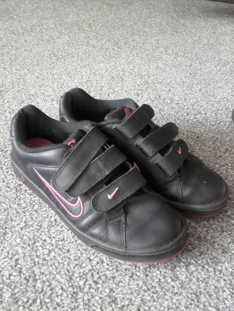 Nike rozm.37,5