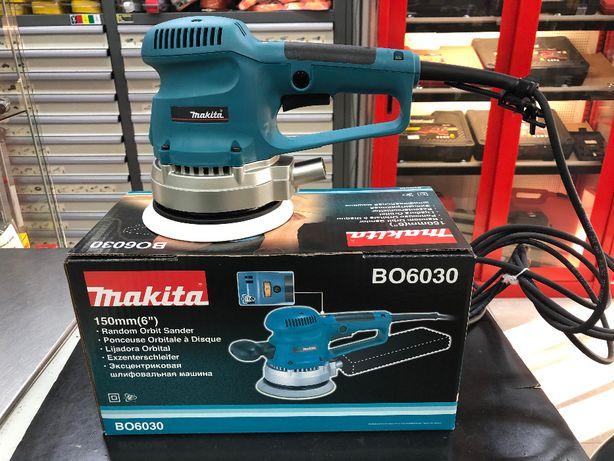 Lixadora Rotorbital Makita BO6030
