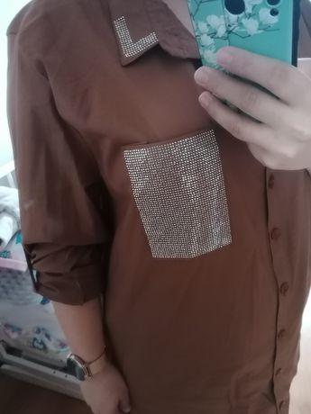 Koszula damska z błyszcząca kieszenią