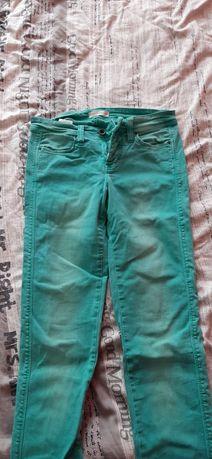 Sprzedam spodnie, kolor miętowy