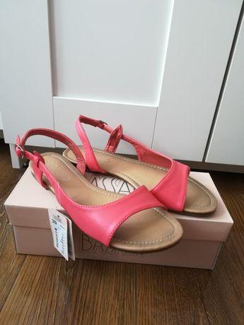 Sandałki Bassano CCC czerwone koralowe nowe z metką 39