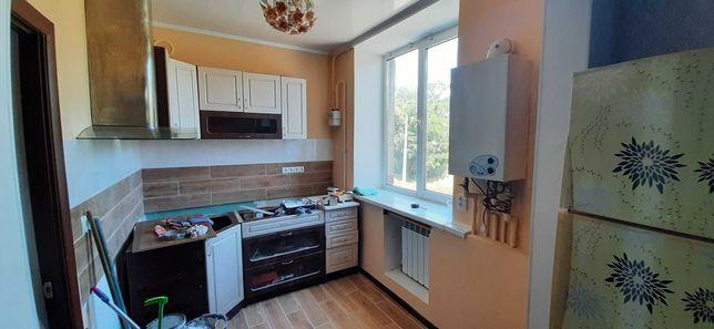 Продам 3 комнатную квартиру в р-н. за  ж-м Солнечный. ул. Любарского