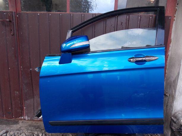 Drzwi LEWY PRZÓD Honda FRV 2006r B520P