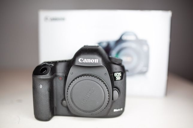 Canon 5D mark III 3