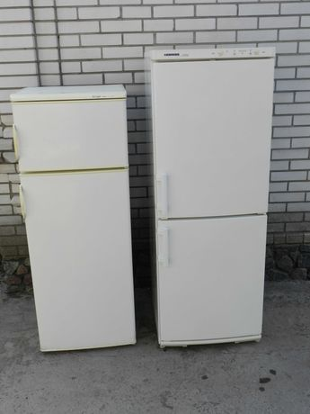 Холодильники продам