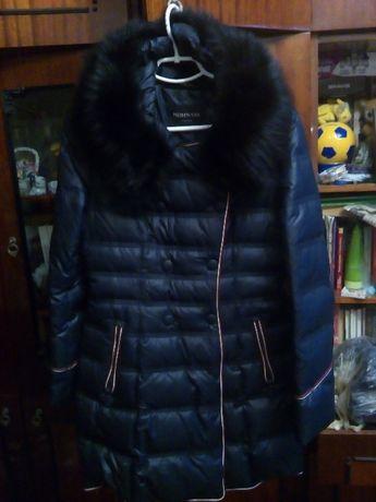 Женский темно-синий пуховик р. 38 2000 грн. торг