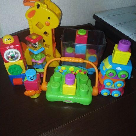 Лот фирменных игрушек fisher price