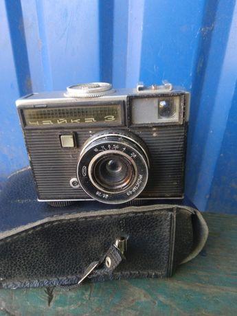 Фотовспышка, футляры для фотоаппарата