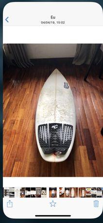 Prancha de surf Matta Shapes 5.4
