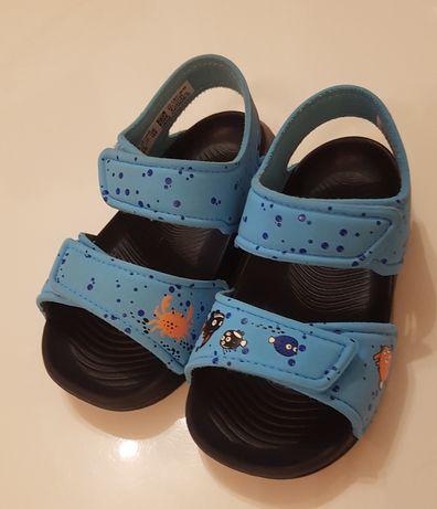 Sandálias Adidas Tamanho 25