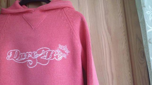 Kobiecy sweter z kapturem dare 2 be,delikatny róż.