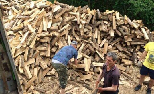 Дрова продам не дорого срочно дрова