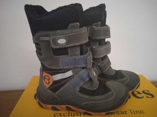 Чоботи, ботинки зимові