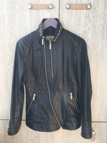 Куртка кожа S-M лайка стразы