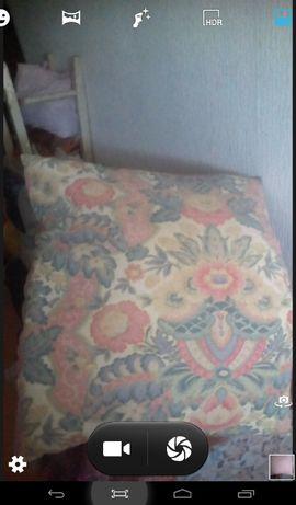 Продам пуховую подушку