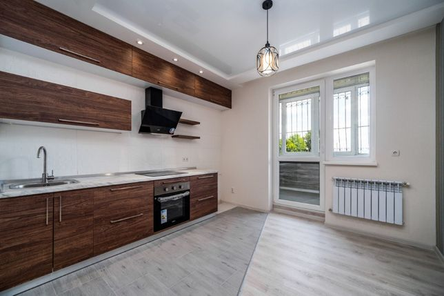 Продам 2 комнатную квартиру 602 м р. ЖК Салтовский , Новострой.