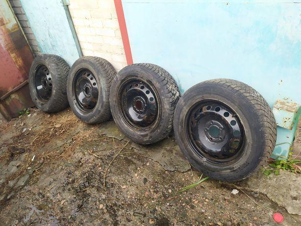 Шини зимові для Буса  Trafic,Vivaro205*65*R16C