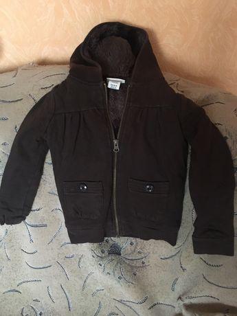 Демисезонна куртка для хлопчика 4-5 років.Стан ідеальний!