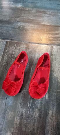 туфлі для дівчинки !!!