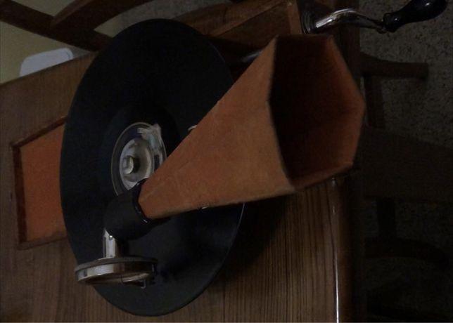 gramofone grafonola de bolso. Mignonphone